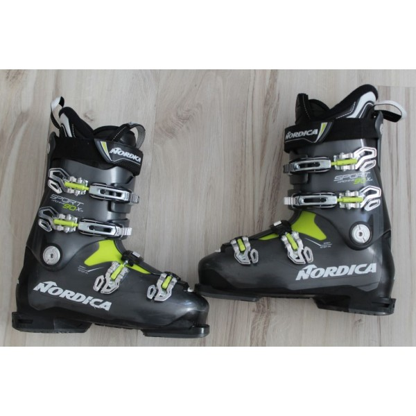 003  NORDICA Sport Machine, 28 - 28.5,  EU 43 - 44, 325m, flex 90 - 2019